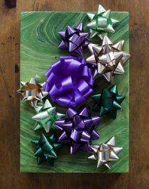 Bows-purple-Gift-Box-365rr120109